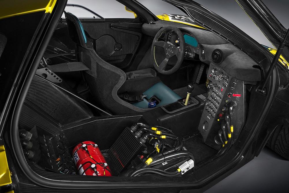 Geneva15 McLaren P1 GTR 16 Η McLaren P1 GTR των 1000 ίππων συναντά τον θρύλο McLaren F1 GTR στην πίστα mclaren, mclaren f1, mclaren f1 gtr, videos