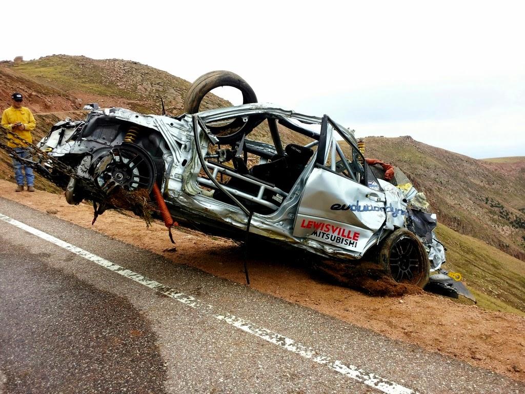 Jeremy2BFoley2BPikes2BPeak2BCrash2BOn2BCar Έπεσαν στο γκρεμό, με το Mitsubishi Lancer EVO 8 στην ανάβαση του Πάικς Πικ! Mitsubishi Evo, Pikes Peak, videos