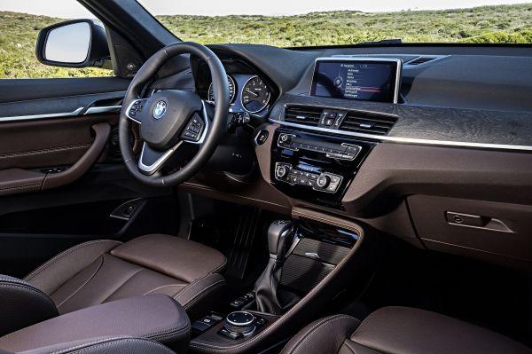 201505 P90183679 zoom orig Η νέα BMW X1 έχει Head-Up-Display (μεταξύ άλλων) BMW, BMW X1, Head-Up-Display, SUV, X1, zblog, αυτοκίνητα, τετρακίνητα, τζιπάκια