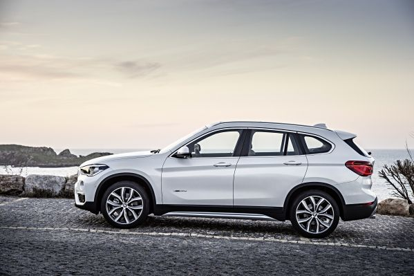 201505 P90183688 zoom orig Η νέα BMW X1 έχει Head-Up-Display (μεταξύ άλλων) BMW, BMW X1, Head-Up-Display, SUV, X1, zblog, αυτοκίνητα, τετρακίνητα, τζιπάκια