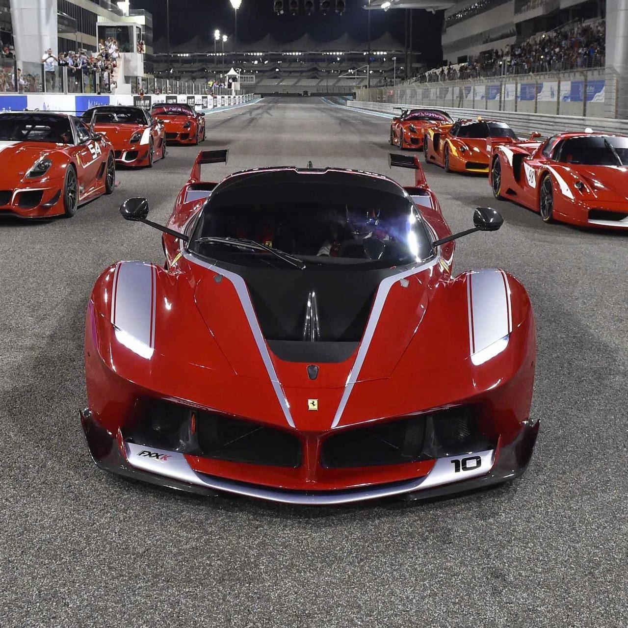 FXX K 4 Ferrari Fxx ουρλιάζουν στην πίστα Ferrari, Ferrari FXX K, videos