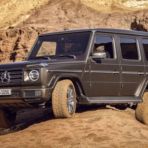 mercedes benz g class Δες μια Mercedes G-Class να καταπίνει τα βουνά σαν στραγάλια