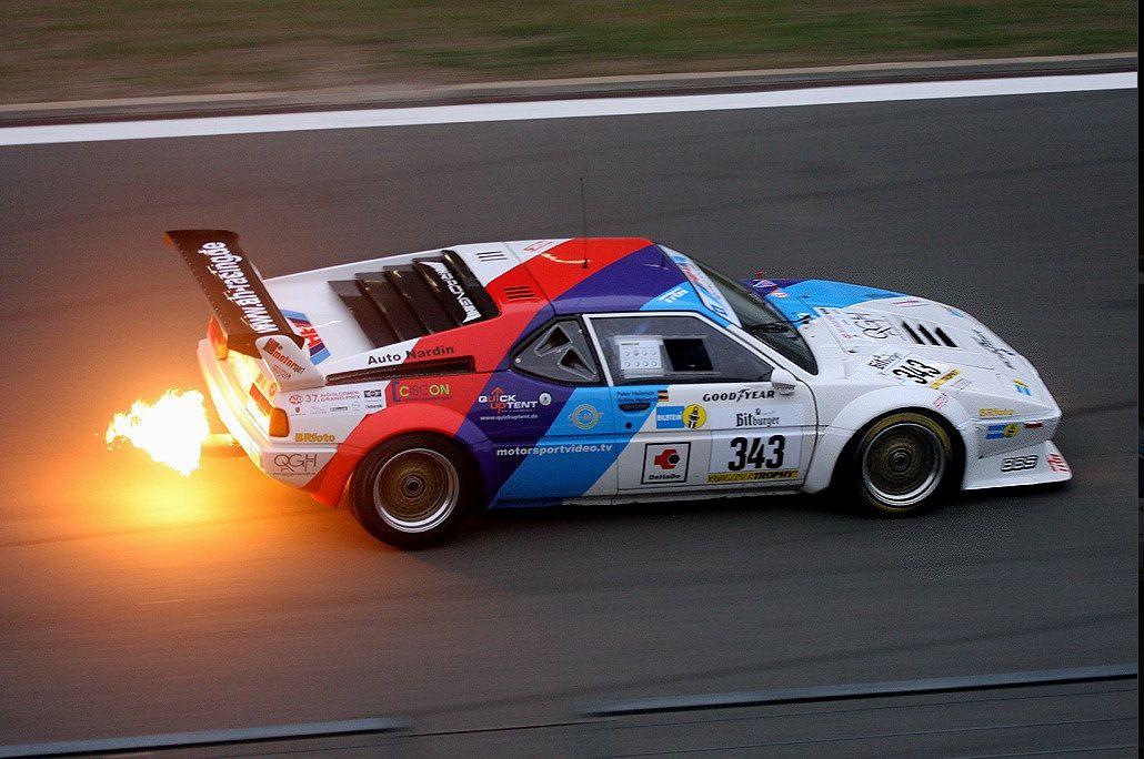 19792BBMW2BM12BProCar2BSpitting2BMassive2BFlames Έτσι εξηγείται γιατί η BMW M1 έχει τη φήμη του φλογοβόλου BMW, BMW M, BMW M1, BMW M1 ProCar, flames, videos