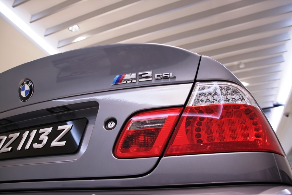 BMW2Bm 43 Bmw M παρελαύνουν στο Νιρμπουγκρίνγκ BMW, Nurburgring, videos