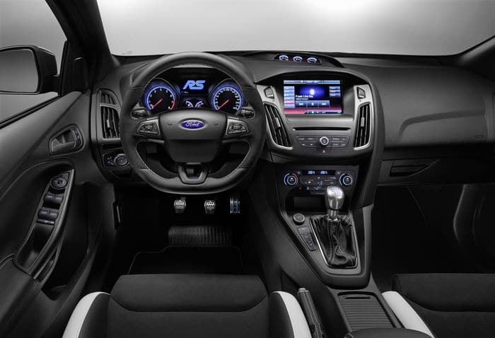 focusint Με επιδόσεις μαχητικού και τιμή 39.000 ευρώ, το Ford Focus RS Ford, Ford Focus RS, video, videos, zblog