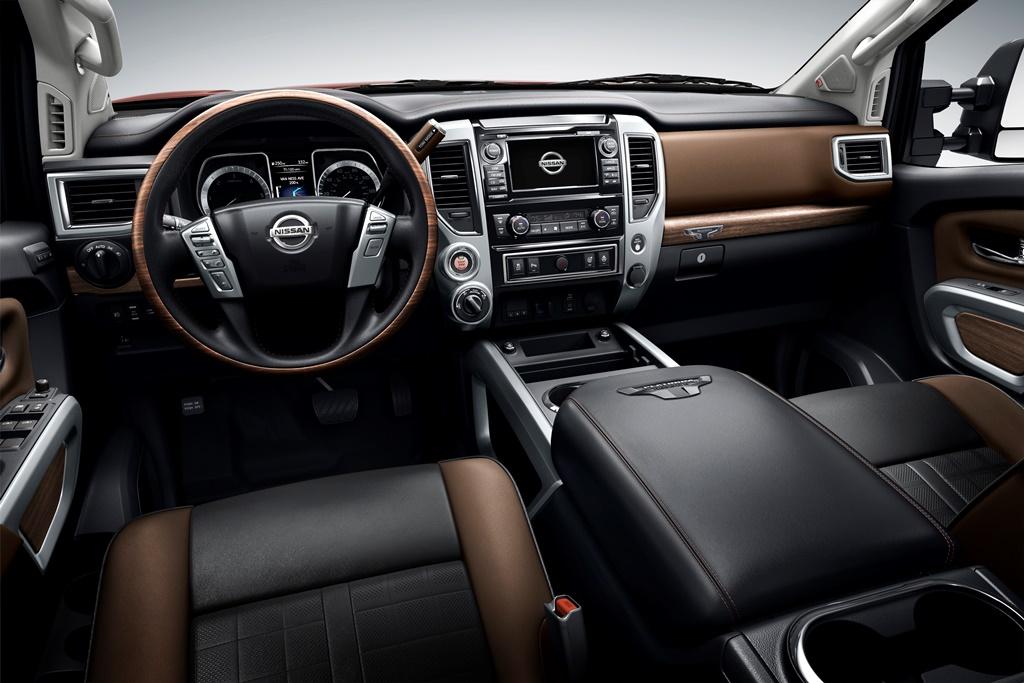 To Nissan ΤΙΤΑΝ με 76 κιλά ροπή, θέλει να τα ρυμουλκήσει όλα... ταυτόχρονα Nissan, Nissan ΤΙΤΑΝ, Pick-up