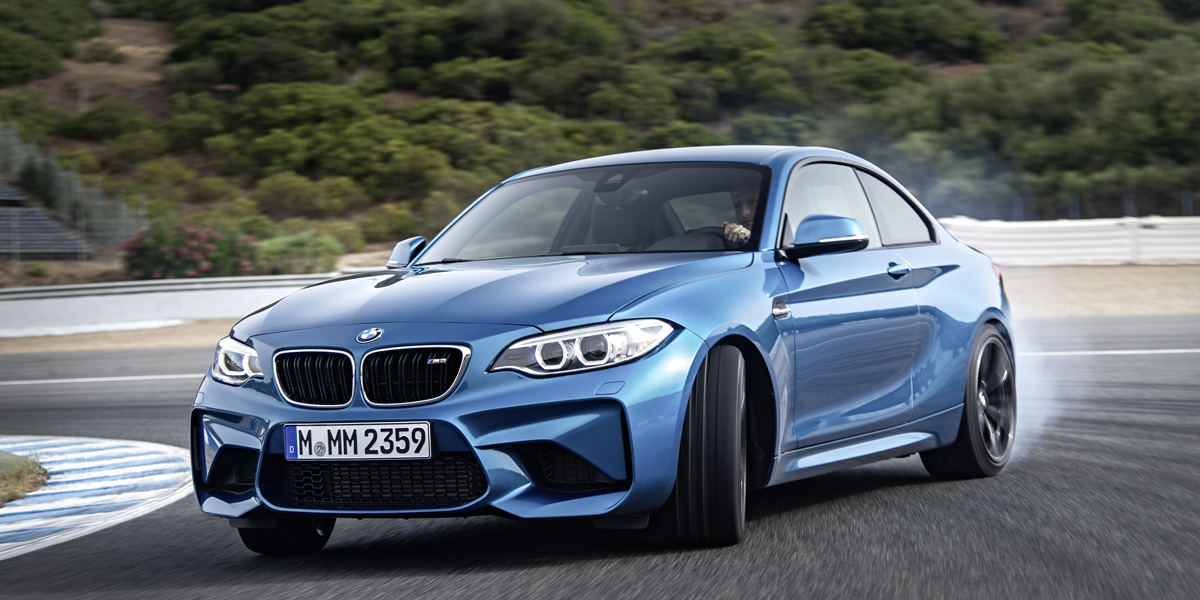 BMW M2 official 1 H BMW M2 είναι ο (άξιος) διάδοχος της 2002 turbo και της Ε30 μαζί BMW, BMW 2002 turbo, BMW M2, BMW M3 E30, videos, zblog, φωτογραφίες