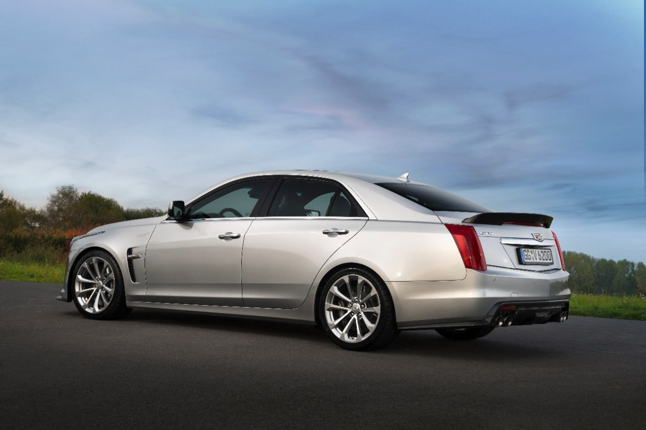 cq5dam.web .1280.12802528182529 Με 649 άλογα η Cadillac CTS-V έρχεται στην Ευρώπη για ατελείωτα burnouts burnout, Cadillac, Cadillac CTS, Cadillac CTS-V, Muscle cars, videos, zblog