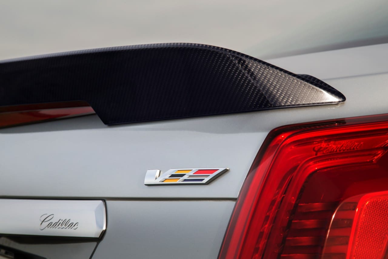 cq5dam.web .1280.12802528212529 Με 649 άλογα η Cadillac CTS-V έρχεται στην Ευρώπη για ατελείωτα burnouts burnout, Cadillac, Cadillac CTS, Cadillac CTS-V, Muscle cars, videos, zblog