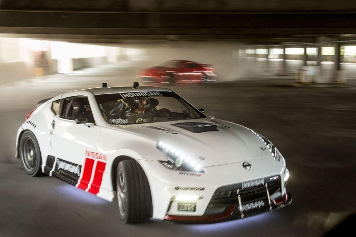 Nissan 8532 rs Δες 2 Nissan 370Z 1000 ίππων έκαστο να ντριφτάρουν χωρίς αύριο drift, Nissan, Nissan 370Z, video, videos, zblog