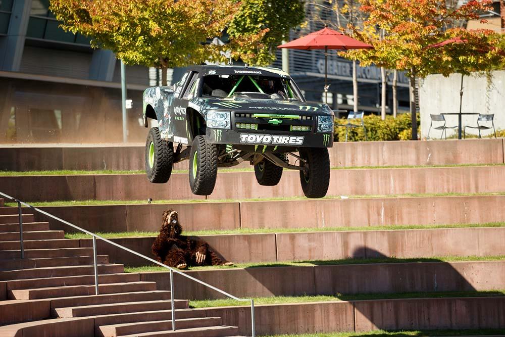 recoil 3 O B.J Baldwin με το Chevrolet των 800 ίππων τα πηδάει όλα BJ Baldwin, Can-Am Maverick, Chevrolet, Fun, Recoil, videos