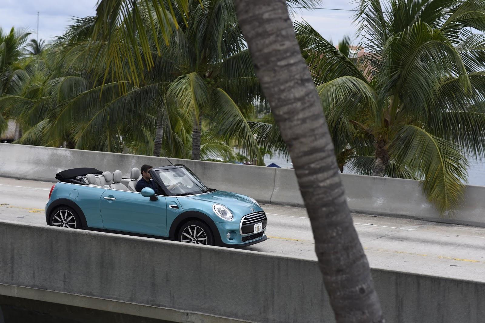 P90209644 highRes the new mini convert Με μία ταινία μικρού μήκους διαφημίζεται το νέο MINI Cabrio Advertorial, videos, Μινι, ΜΙΝΙ Cabrio