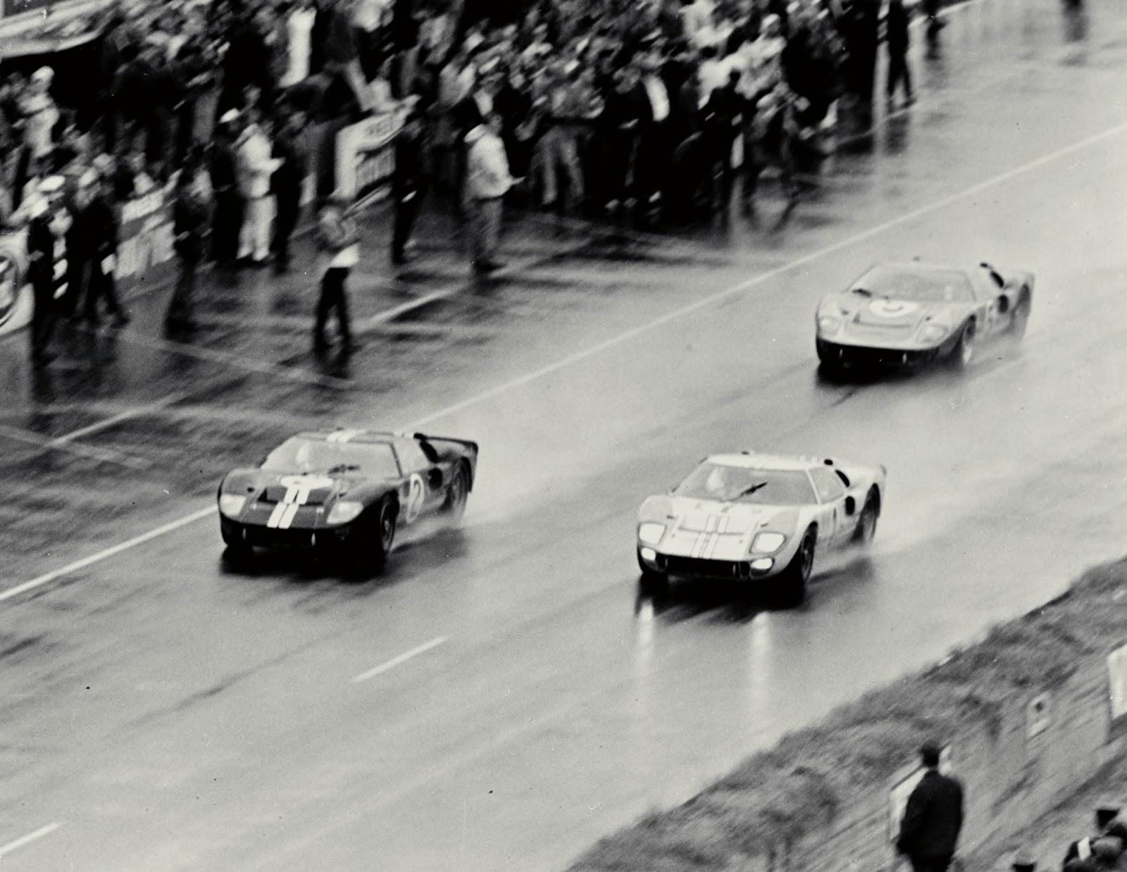1966 GT40s LeMans HR Το FORD GT επιστρέφει στον θρυλικό αγώνα του Le Mans