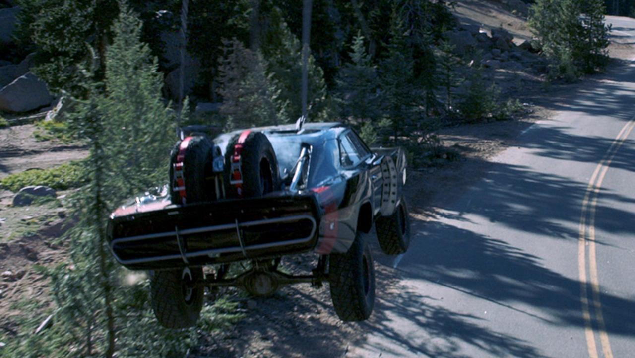 FURIOUS2B7 DODGE2BCHARGER Απονέμουμε τα Όσκαρ αυτοκινήτου Fun, Jaguar C-X75, LYKAN HYPERSPORT, movie cars, videos, zblog