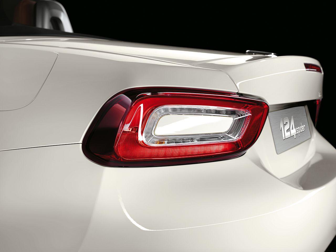 160301 Fiat 124 Spider 13 Άνοιξαν οι παραγγελίες τoυ νέου FIAT 124 Spider στην ελληνική αγορά! cabrio, Fiat, fiat 124 spider, Roadster, αγορά