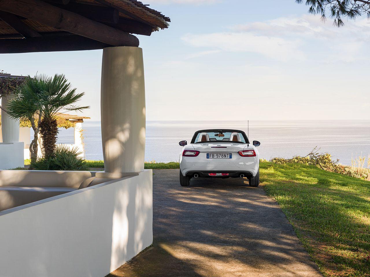 160301 Fiat 124 Spider 14 Άνοιξαν οι παραγγελίες τoυ νέου FIAT 124 Spider στην ελληνική αγορά! cabrio, Fiat, fiat 124 spider, Roadster, αγορά
