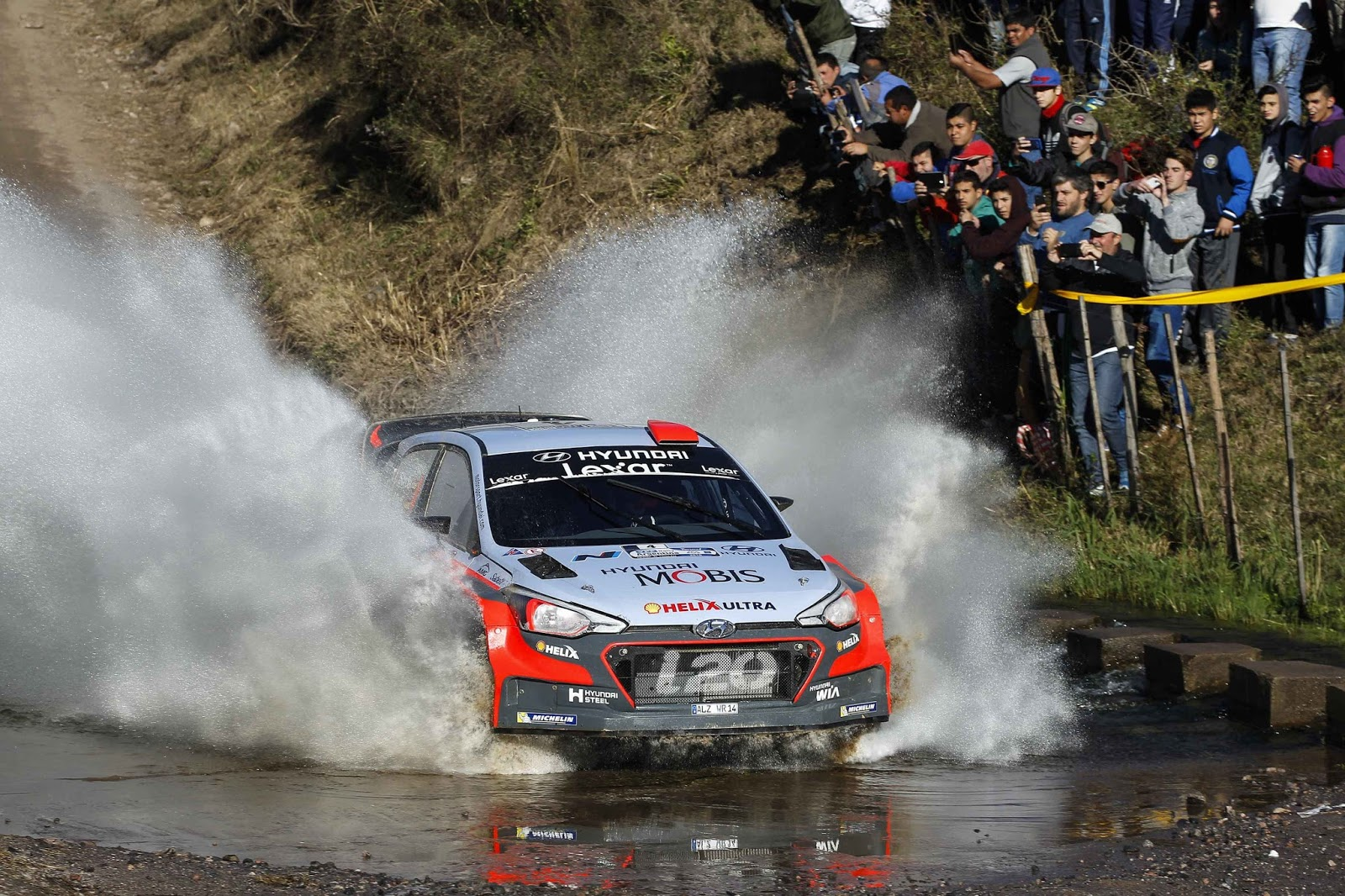 160425 WRC2BArgentina2BWinning252822529 Η Hyundai Motorsport τερματίζει πρώτη στο Ράλι Αργεντινής με το Νέας Γενιάς i20 WRC Hyundai, Hyundai i20 WRC, Motorsport, Rally, videos, WRC