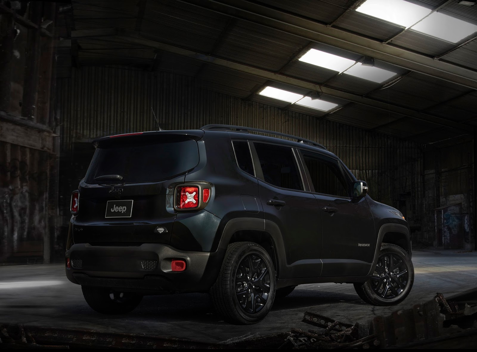 2016 jeep renegade dawn of justice 003 1 1 1 Jeep Renegade Justice! Ένα Jeep για ήρωες! Batman vs Superman, compact SUV, Jeep, Jeep Renegade, Jeep Renegade Justice