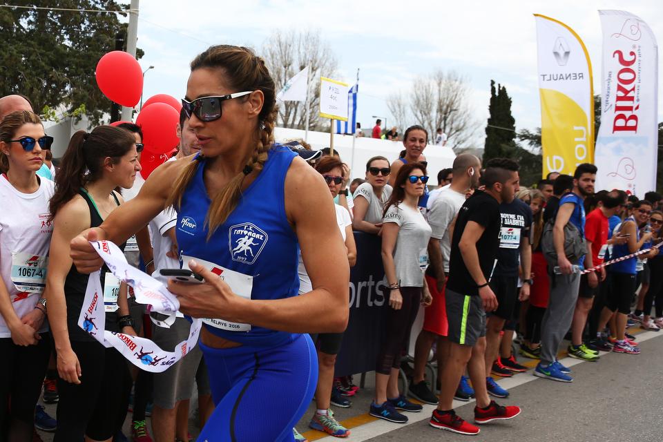 25CE259225CE25AF25CE25BA25CE25BF25CF25822BStreet2BRelays2B25CE259325CE25BB25CF258525CF258625CE25AC25CE25B425CE25B1 Σκυτάλη στην αλληλεγγύη με τη Renault Passion for Running Team Fun, Renault, Street Relays