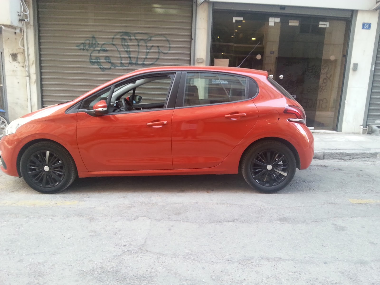 f3 2 Ρίχνουμε στην κίνηση της Αθήνας το Peugeot 208 1,2 Peugeot, Peugeot 208, TEST, zblog, ΔΟΚΙΜΕΣ, οδηγούμε