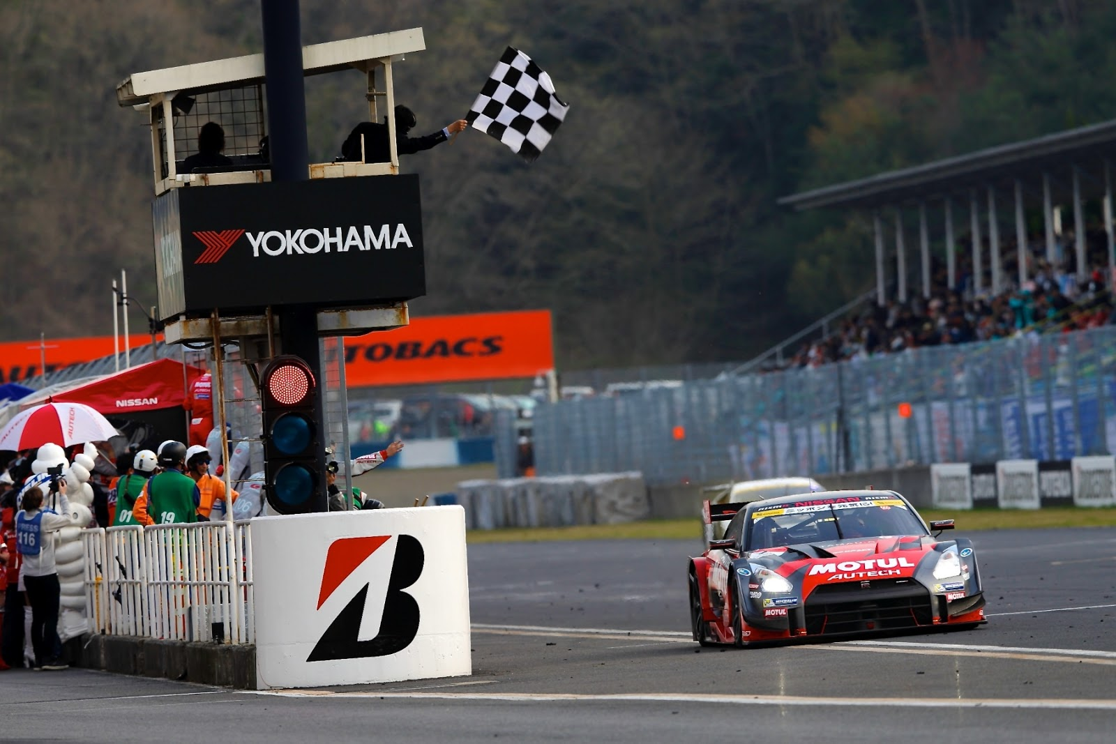 supergt2 Διπλή νίκη για τη Nissan στο SUPER GT της Okayama