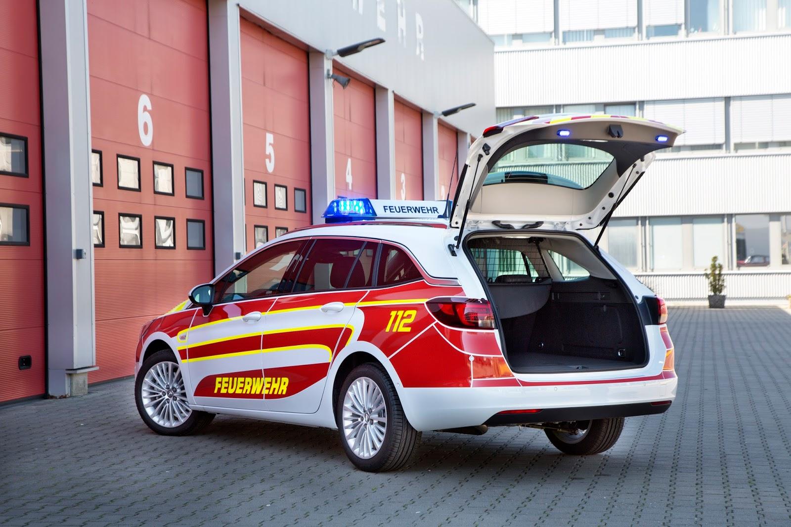 2016 Opel RETTmobil 301313 Το Opel Astra Sports Tourer ως όχημα άμεσης επέμβασης σε περιπτώσεις έκτακτης ανάγκης Opel, Opel Astra Sports Tourer, Opel Movano, RETTmobil, Έκθεση, Επαγγελματικά