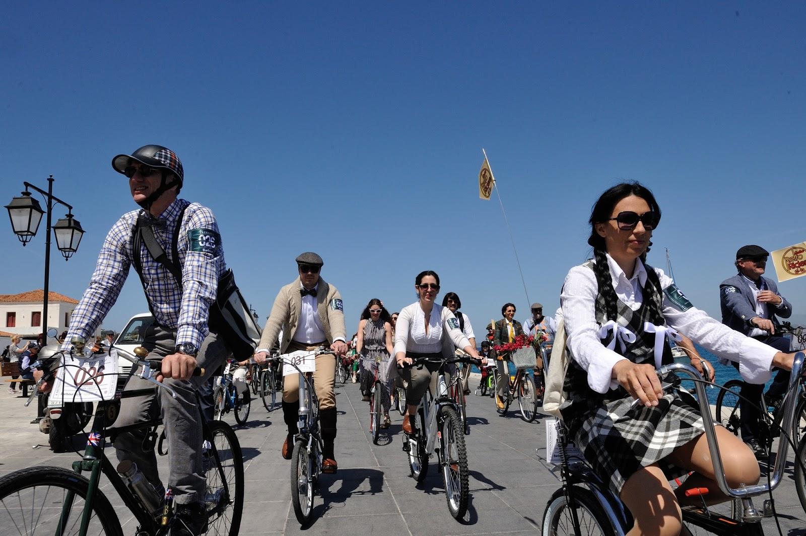 P90216711 highRes Η MINI στο Tweed Run στο νησί των Σπετσών Mini, Tweed Run, Εκδρομές, ποδήλατο