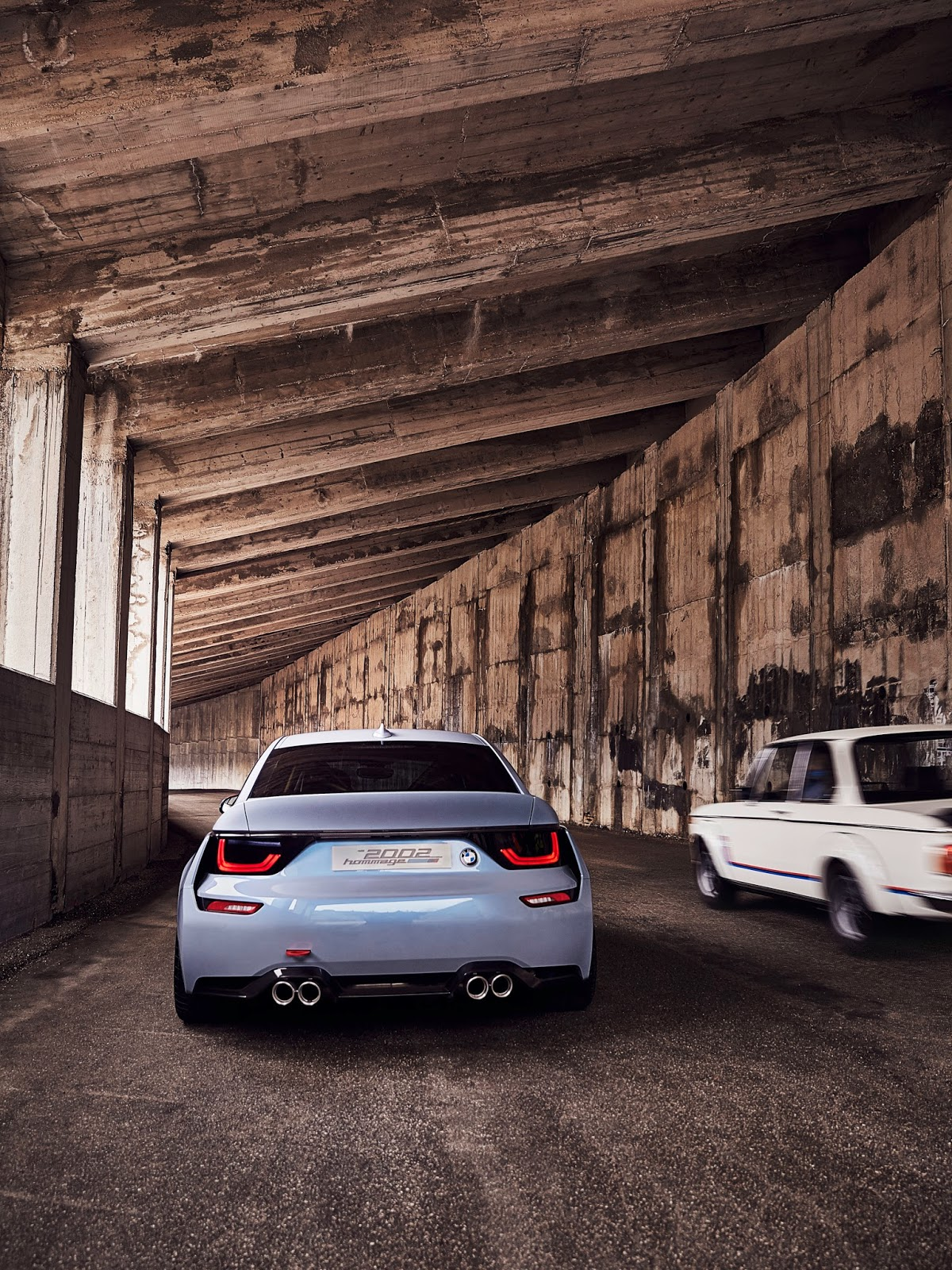 P90219718 highRes bmw 2002 hommage 05 1 1 H BMW γιορτάζει τα 50 χρόνια της θρυλικής 2002 turbo και παρουσιάζει την Bmw 2002 Hommage BMW, BMW 2002, BMW 2002 turbo, BMW Concept, BMW Hommage, supercars, videos