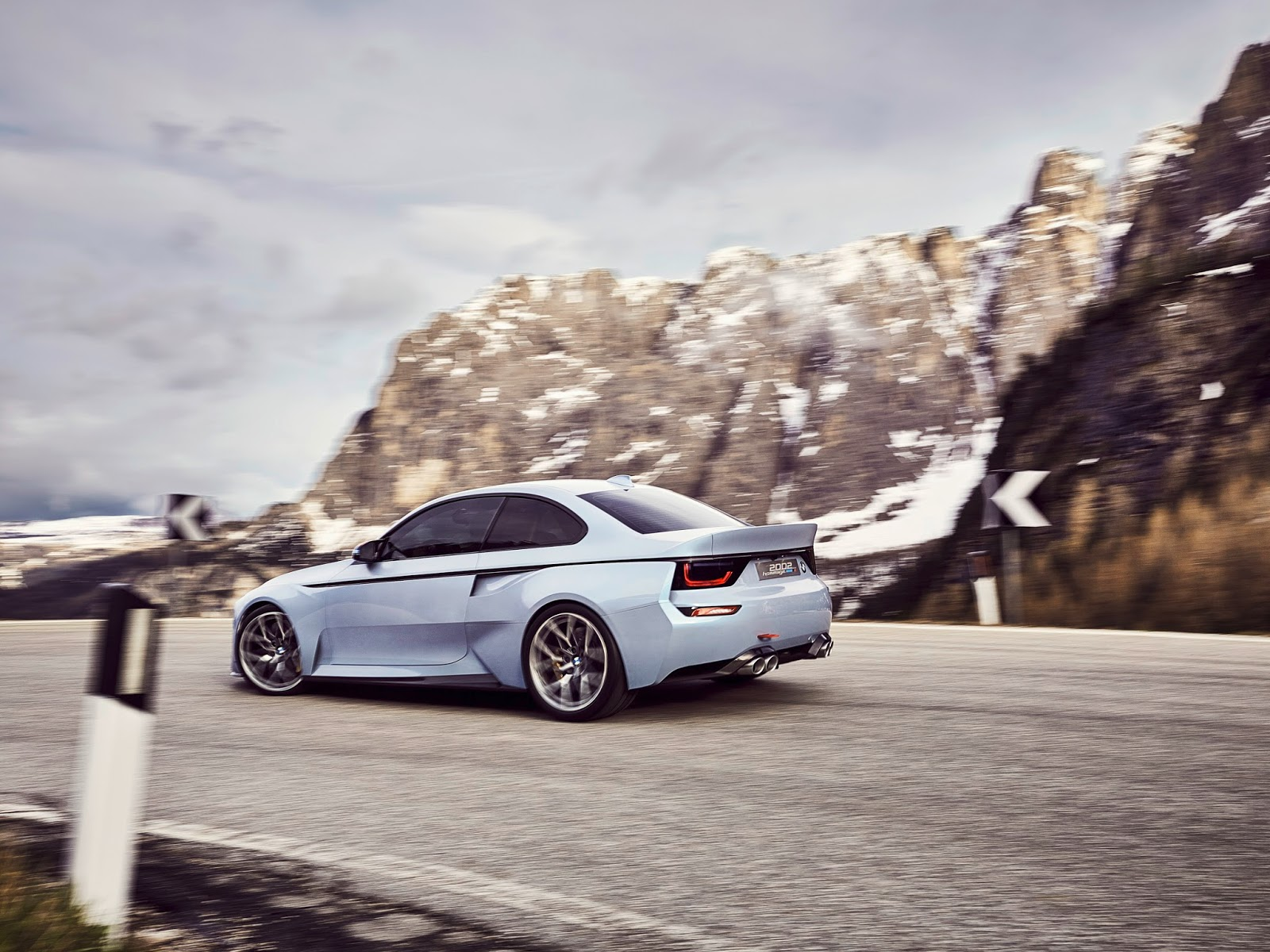 P90219722 highRes bmw 2002 hommage 05 1 1 H BMW γιορτάζει τα 50 χρόνια της θρυλικής 2002 turbo και παρουσιάζει την Bmw 2002 Hommage BMW, BMW 2002, BMW 2002 turbo, BMW Concept, BMW Hommage, supercars, videos