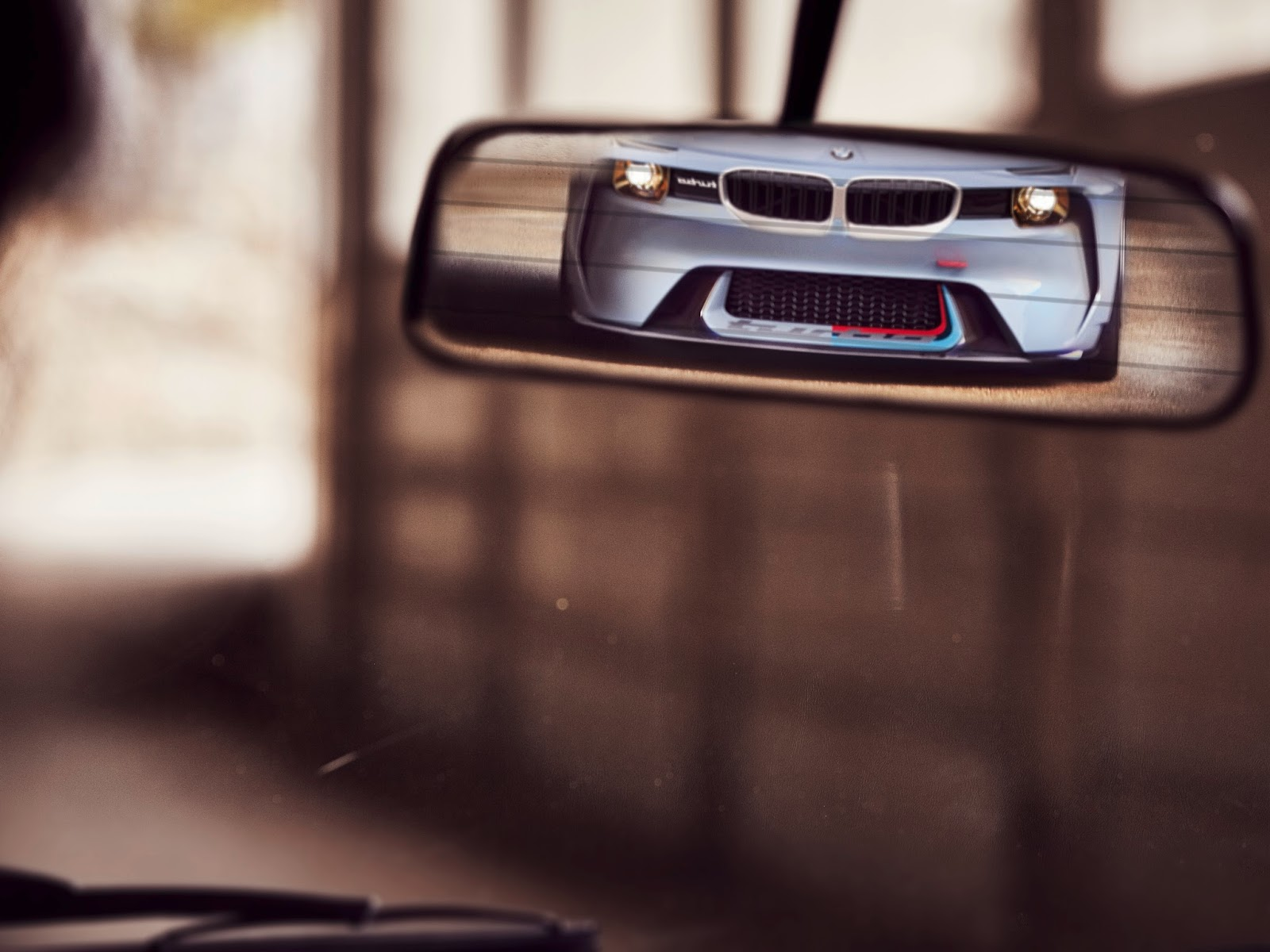 P90219726 highRes bmw 2002 hommage 05 1 1 H BMW γιορτάζει τα 50 χρόνια της θρυλικής 2002 turbo και παρουσιάζει την Bmw 2002 Hommage BMW, BMW 2002, BMW 2002 turbo, BMW Concept, BMW Hommage, supercars, videos