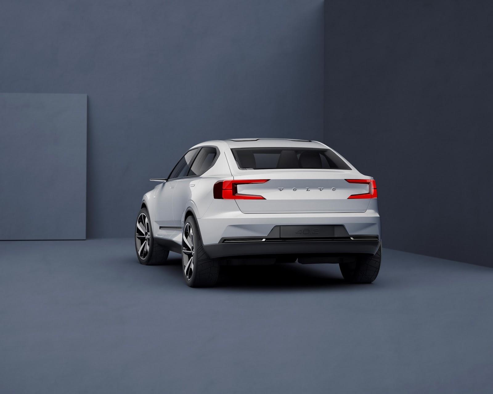 VOLVO2BCONCEPT 40 2 rear quarter low Δύο νέα πρωτότυπα από τη Volvo (XC40 & S40) Volvo, Volvo S40, Volvo XC40