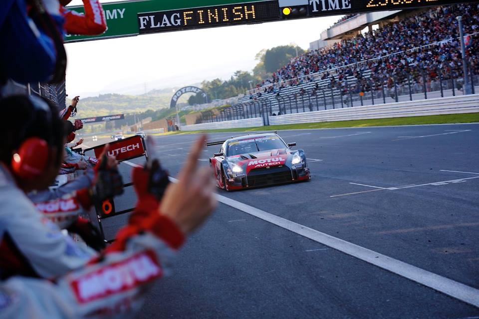 fujigt2 Διπλή νίκη για τα Nissan GT-R στις κατηγορίες GT500 και GT300, στην πίστα του Fuji. Fuji Speedway, GT500, GTR, Nissan, Nissan GT-R NISMO GT3, Nissan GT-R NISMO GT500, Rally, Super GT, videos