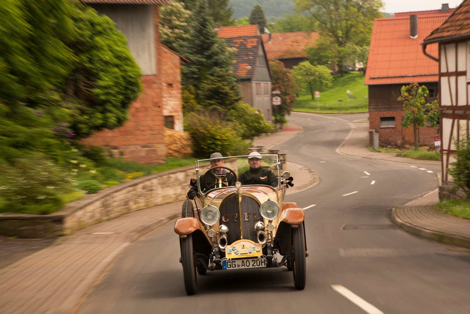 Opel Rallye Hessen Thueringen 2016 Opel 8 25 1920 301186 Ταξίδι στο χρόνο μέσα από την ιστορία 100 χρόνων των Opel Cabrio