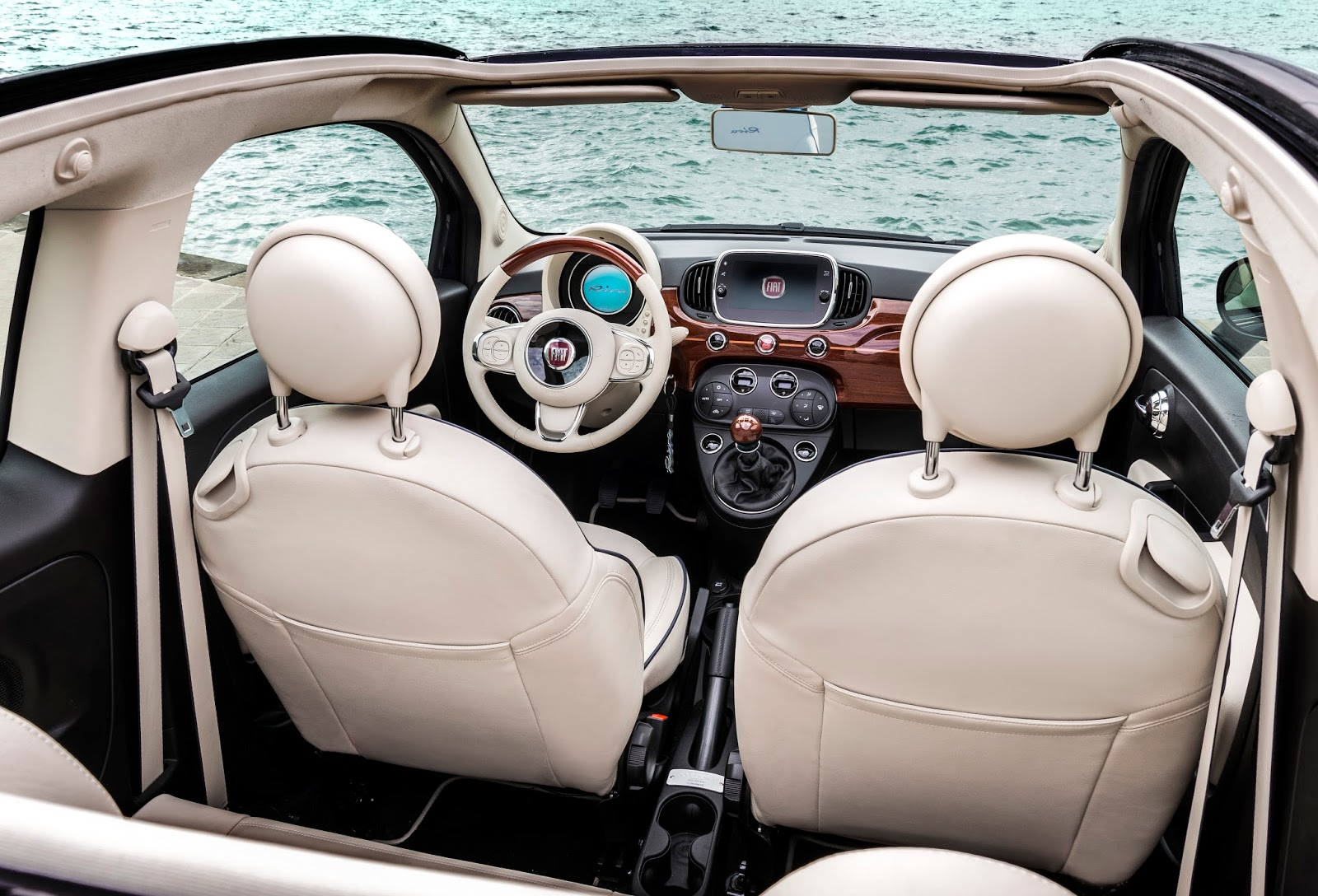 160627 Fiat 500 Riva 15 Fiat 500 Riva : Το κομψό έγινε και πολυτελές Fiat, Fiat 500, Fiat 500 Riva, Fiat 500C, Riva, supermini, videos
