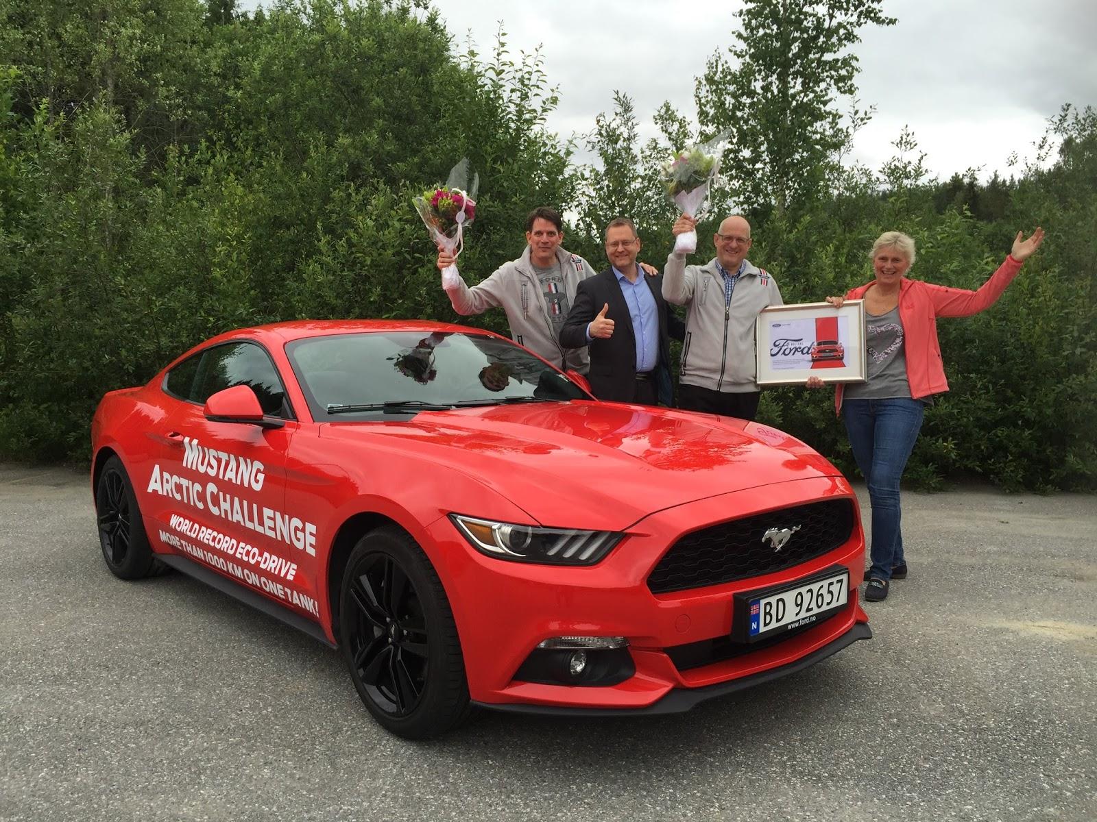 IMG 34092B252842529 Σούπερ εγκρατής οδηγός μιας Mustang, έκανε 1250 χιλιόμετρα με ένα ρεζερβουάρ! Ford, Ford Mustang, Ρεκόρ
