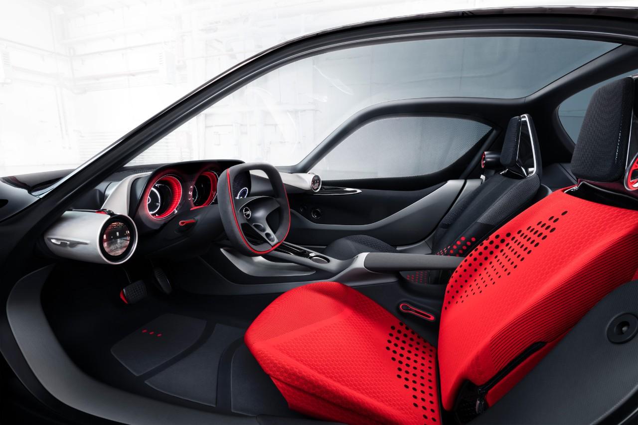 cq5dam.web .1280.12802B252812529 Το Opel GT concept βραβεύτηκε ως το καλύτερο πρωτότυπο αυτοκίνητο του 2016 Awards, Opel, Opel GT, Opel GT Concept