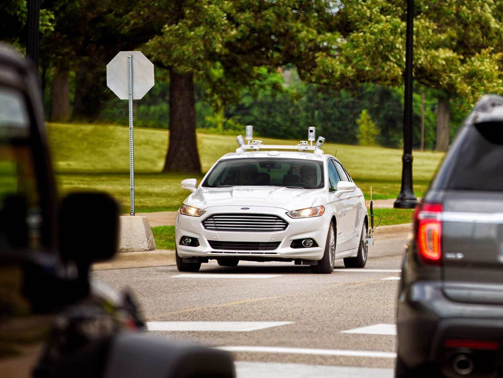 Ford Fusion AV Public Road 1 Η Ford στοχεύει να βγάλει σε μαζική παραγωγή ένα πλήρως αυτόνομο όχημα το 2021 Autonomous Driving, Ford, videos, Τεχνολογία