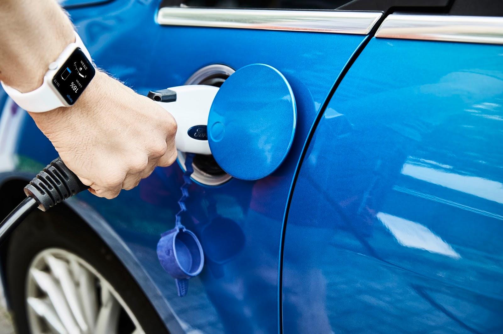 3 MyFordMobile charging Χρησιμοποιείστε το smartwatch σας για να τσεκάρετε το ηλεκτρικό σας αυτοκίνητο Ford Android Auto, Apple CarPlay, Electric cars, Ford, videos, Τεχνολογία