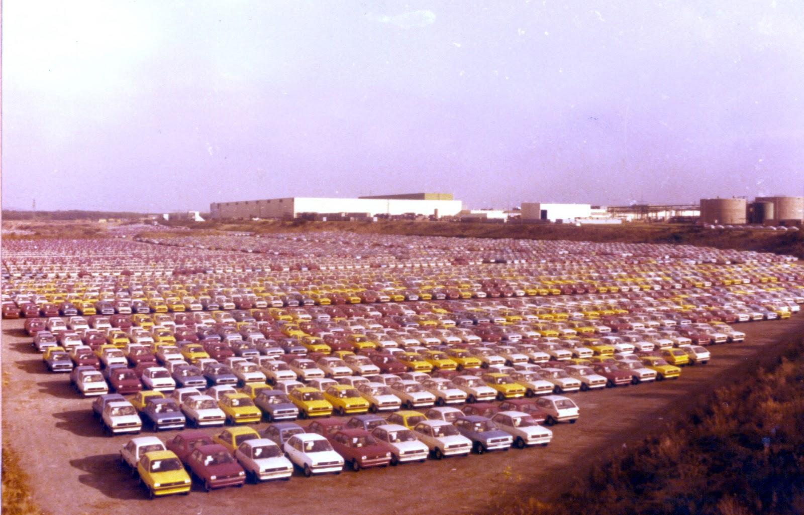 FordFiesta 1976 1983 Saarlouisparking 1978 01 Έκανες Πολύ Δρόμο Μωρό μου! - Το Ford Fiesta Γίνεται 40 Ετών Ford, Ford Fiesta, Fun, videos, zblog