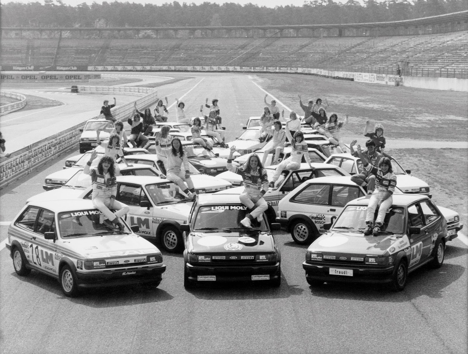 FordFiesta 1983 1989 LadiesCup 1984 01 2 Έκανες Πολύ Δρόμο Μωρό μου! - Το Ford Fiesta Γίνεται 40 Ετών Ford, Ford Fiesta, Fun, videos, zblog