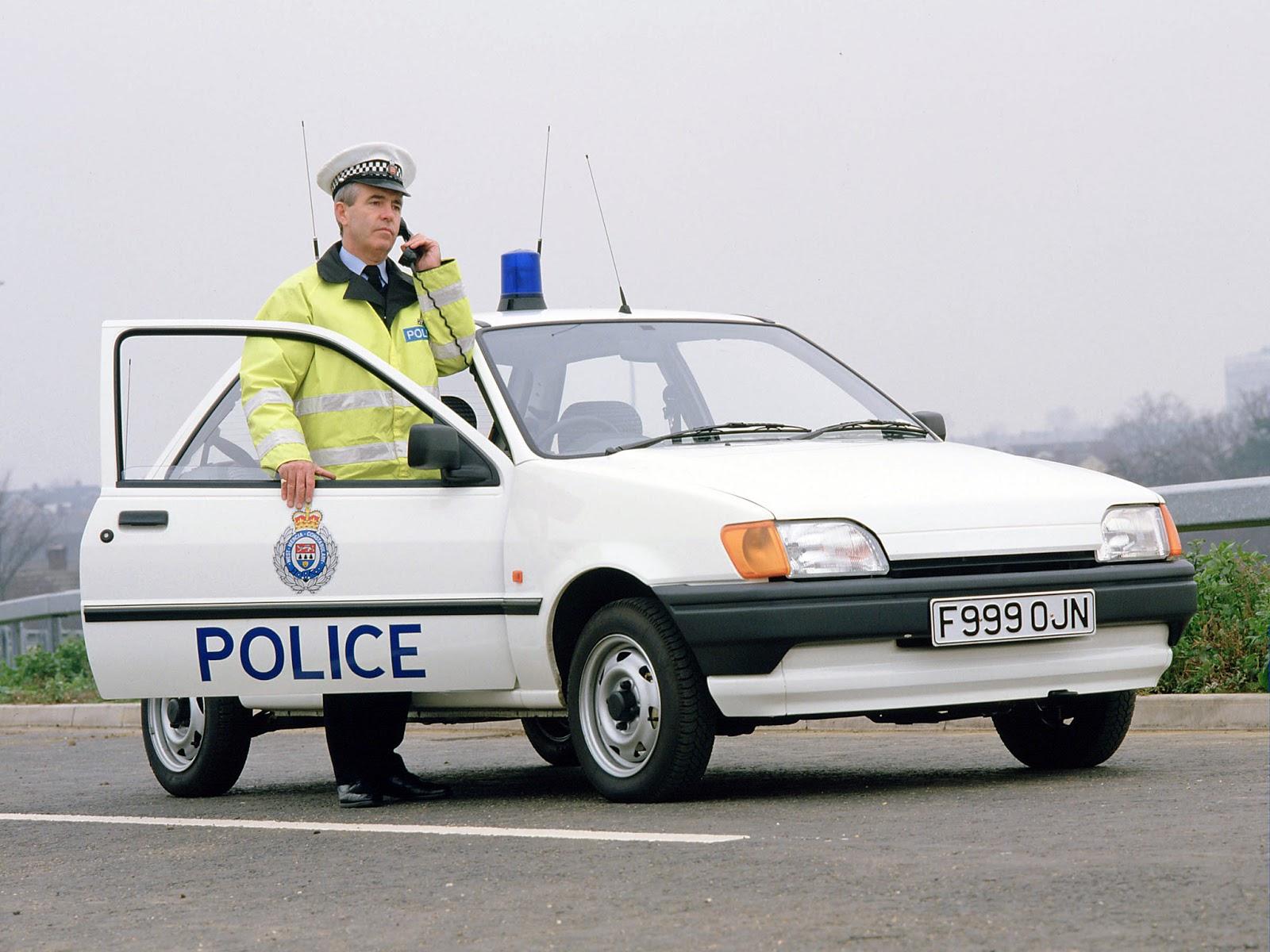 FordFiesta 1989 1995 fiesta 3 door police 01 1 Έκανες Πολύ Δρόμο Μωρό μου! - Το Ford Fiesta Γίνεται 40 Ετών Ford, Ford Fiesta, Fun, videos, zblog
