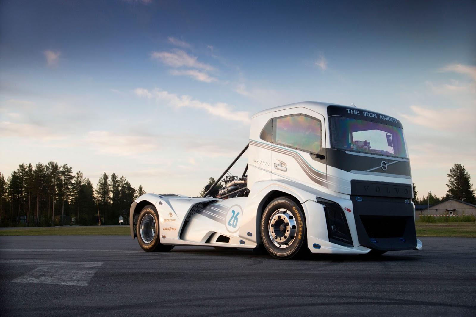 Iron2BKnight2Bvolvo Το Iron Knight της Volvo Trucks είναι το ταχύτερο φορτηγό του κόσμου Fun, Record, topspeed, Truck, videos, Volvo Iron Knight, Volvo Trucks, Επαγγελματικά, Φορτηγά
