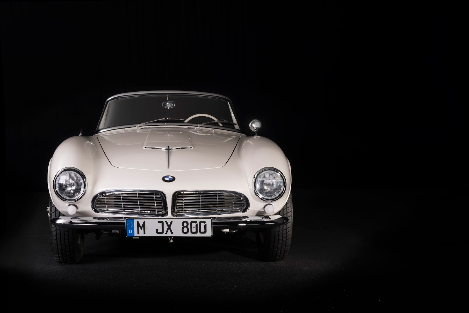 P90229726 highRes elvis bmw 507 08 201 Η επιστροφή της μυθικής BMW 507 του Elvis στο Concours d'Elegance, Pebble Beach autoshow, BMW, BMW 507, Classic, Concours d'Elegance, Roadster, zblog