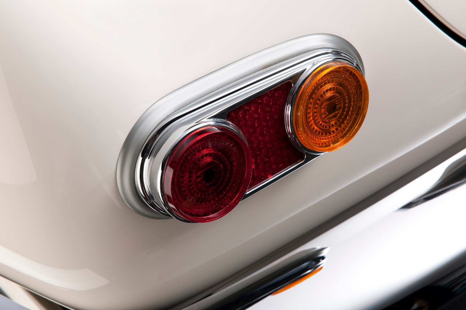 P90229732 highRes elvis bmw 507 08 201 Η επιστροφή της μυθικής BMW 507 του Elvis στο Concours d'Elegance, Pebble Beach autoshow, BMW, BMW 507, Classic, Concours d'Elegance, Roadster, zblog