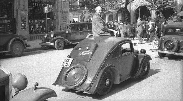 article 2086663 0F78BED500000578 Η μέρα που γεννήθηκε ο Porsche Classic, Porsche, VW Beetle, zblog, Προσωπικότητες