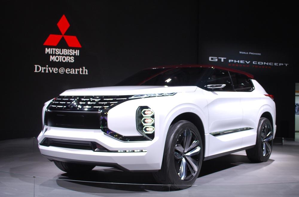 007 Το Mitsubishi Outlander έγινε 15 χρονών Mitsubishi, Mitsubishi Outlander, Mitsubishi Outlander PHEV, SUV