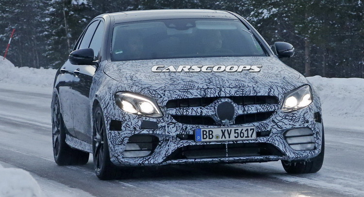 e63scoop Η επόμενη Mercedes E63 AMG θα έχει drift mode! Mercedes, Mercedes AMG, zblog