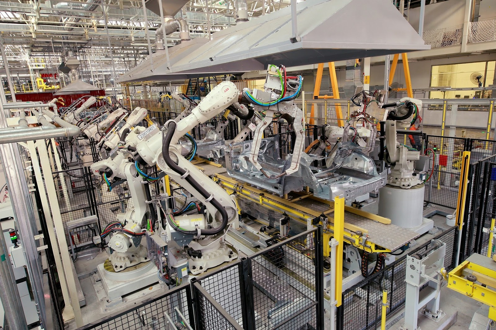 VOLVO NEW2BMANUFACTURING2BSTRATEGY2B1 H Volvo αυξάνει την παραγωγή της και αλλάζει στρατηγική για τα εργοστάσιά της σε Ευρώπη, Κίνα, ΗΠΑ Volvo, Volvo Cars, Volvo S90, Volvo S90 Excellence, αγορά, Τεχνολογία