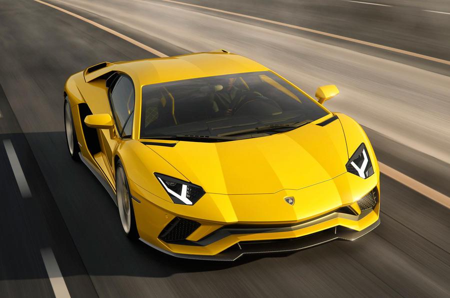 lam1 H Lamborghini Aventador S έχει ενεργητική τετραδιεύθυνση και 740 ίππους!
