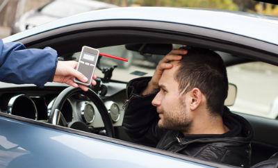 2 2 92 μεθυσμένοι οδηγοί πιάστηκαν στην Αθήνα την Τσικνοπέμπτη zblog, Γιώργος Καραγιάννης, γνώμη, μεθυσμένοι, τροχαία